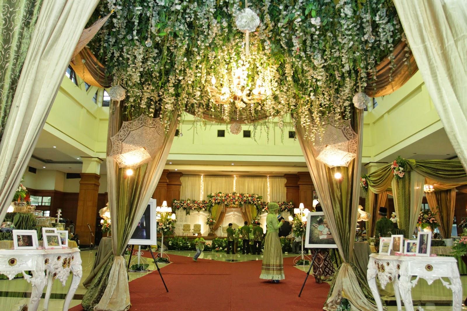 Jasmine garden tmii wedding